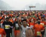141019051147_cn_beijing_marathon_crowd_624x351_ap