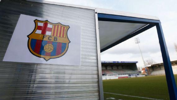 BARCELONA — Los jugadores del Barcelona utilizarán una camiseta especial en  la primera fecha de LaLiga española 1bd41fbd65f