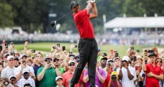 Tiger Woods durante la cuarta ronda en el Tour Championship en Eastlake. (EFE EPA TANNEN MAURY)