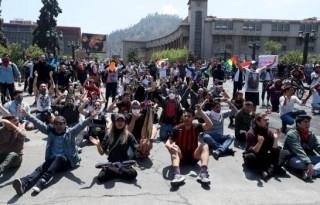 chile-protesta-ap19293579627814_12447312_20191020152614